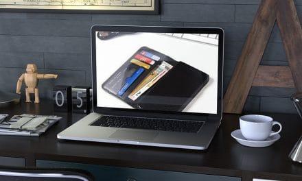 Gadgets-Unboxing – Woodcessories EcoWallet – iPhone X/XS Flipcase aus Walnussholz & Napalon-Leder
