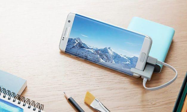 Review: Samsung Kettle – Praktischer Soft-Touch Akkupack mit Handschlaufe & Standfuss